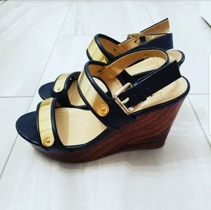 🍉 Report Signatue Wedges Heels Black Gold Brown